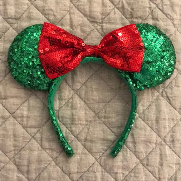 disney christmas mickey ears
